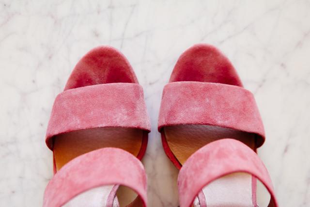 pink-suede-heels