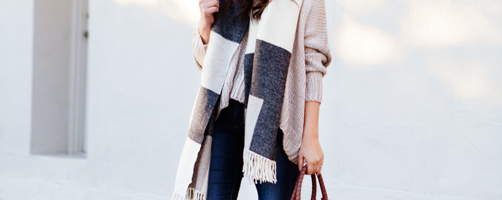 Oversized scarf and sweater outfit